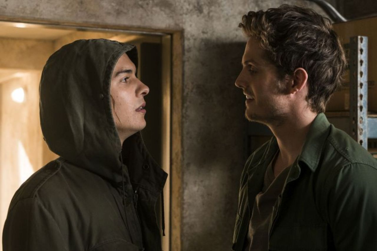 Fear The Walking Dead: Review: Series 3 Episode 6: Red Dirt